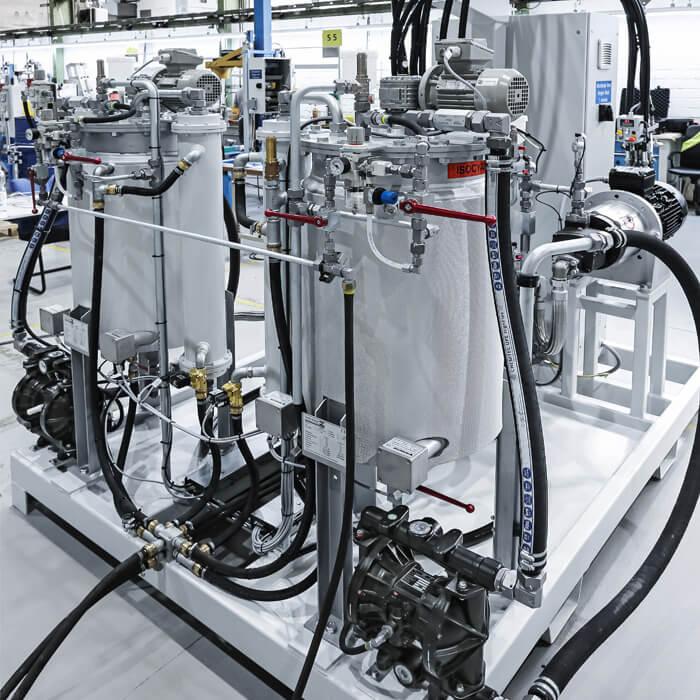 Tangki kerja dengan kapasiti 100 atau 250 liter