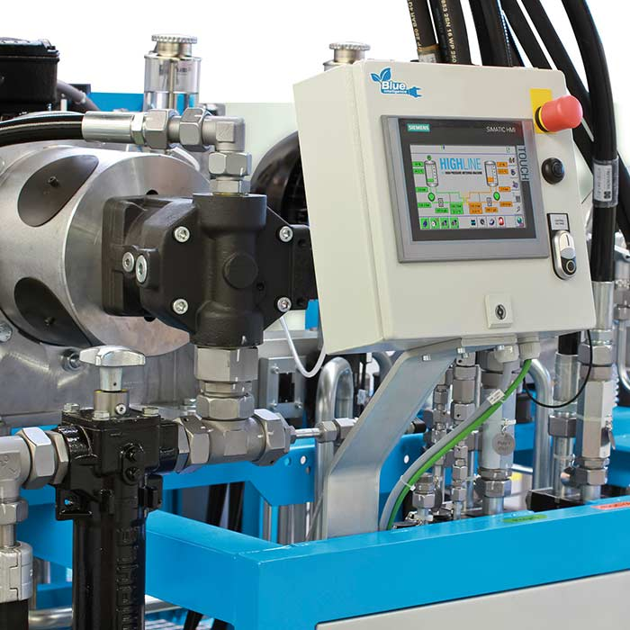 Compact high-pressure metering machines for a wide range of applications